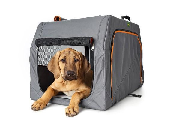 Hundetransportbox mit Aluminium-Gestell